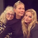 В сети появился редкий семейный снимок Гвинет Пэлтроу с мамой и дочерью