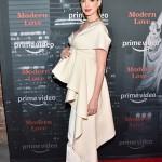 Беременная Энн Хэтэуэй впервые за долгое время появилась на светском мероприятии