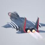 В США принимают на вооружение тяжелый истребитель-бомбардировщик (фото)