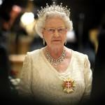 Королева Елизавета II провела экстренную встречу, чтобы найти подходящие роли для Меган Маркл
