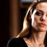 Анджелина Джоли в ярости из-за воссоединения Брда Питта и Дженнифер Энистон