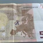 В ЕС срочно изымают все купюры в 50 евро