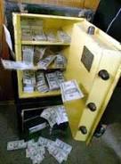 сейф с долларами
